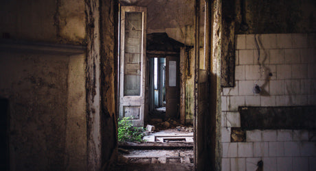 Photo Set :: Abandonment Issues :: The Ghost Town of Apice, Italy