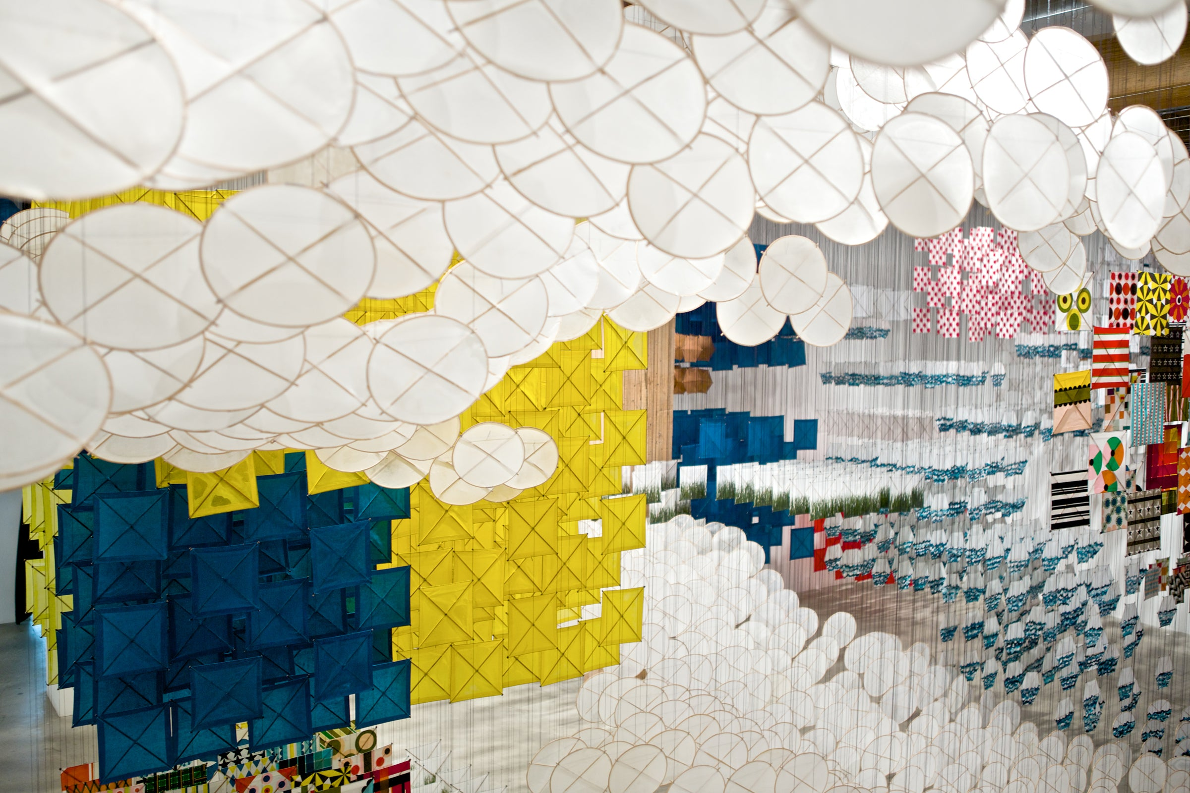 MOCA PRESENTS JACOB HASHIMOTO :: GAS GIANT