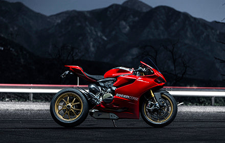 LIFE AND LIMB :: Porsche 997.1 GT3 RS & Ducati 1199 PANIGALE R