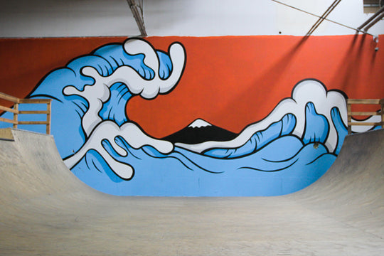 VIDEO :: Behind Aaron Kai's Hokusai Wave-Inspired Mural at Homebase