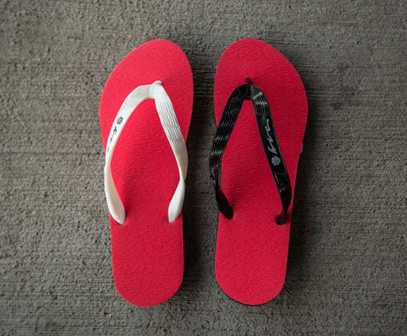 ONE OF NONE :: HIC SANDALS AND CUSTOMIZATION