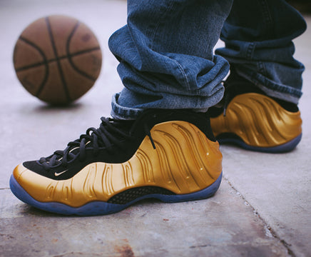 NIKE FOAMPOSITE ONE METALLIC GOLD