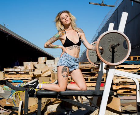 OFF THE WALL :: PHOTOGRAPHING ALYSHA NETT