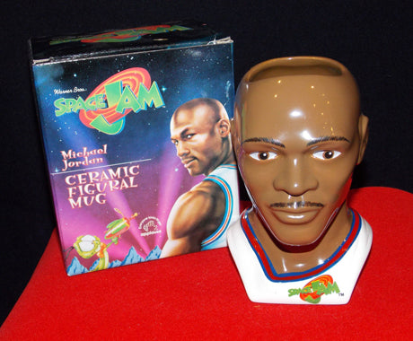 THE 10 BEST (AND MOST RIDICULOUS) SPACE JAM MEMORABILIA ITEMS
