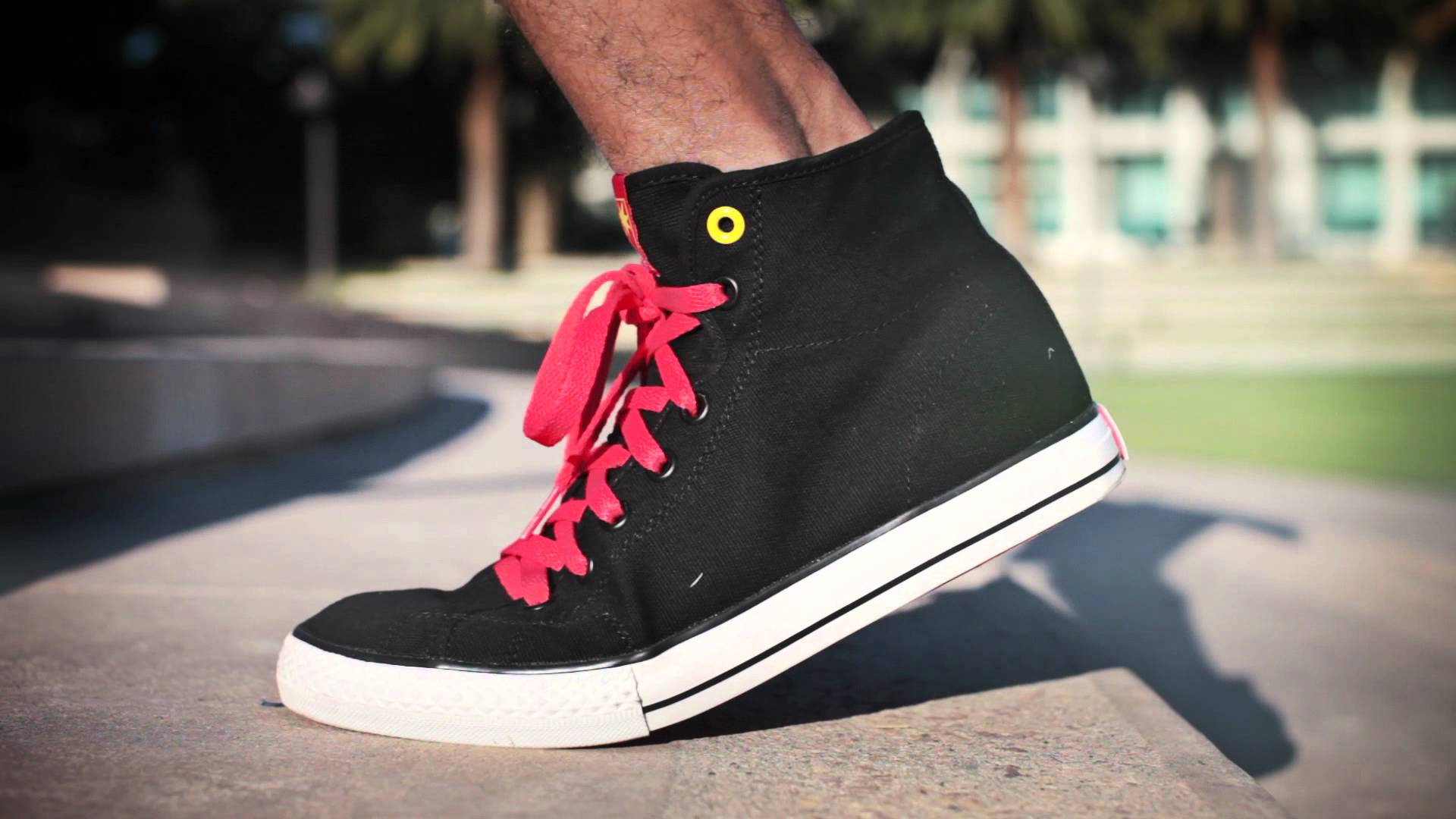 THE HUNDREDS FALL '12 FOOTWEAR LOOKBOOK