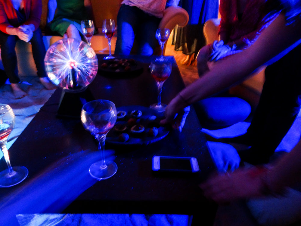 SENSORY OVERLOADS AT AN LA UNDERGROUND SUPPER CLUB