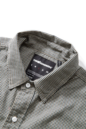 Oaks Button-Up