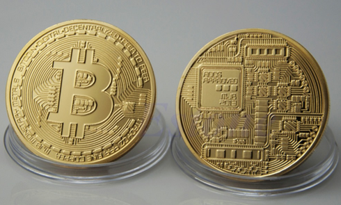 e-millenialstore Gold Plated Physical Bitcoin (FREE SHIPPING)