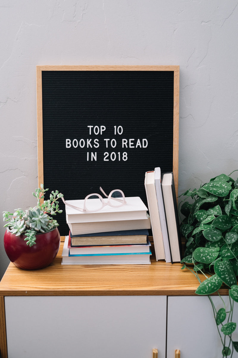 Top 10 books to read in 2018 - I want to read them all! | New year reading list | limericki.com