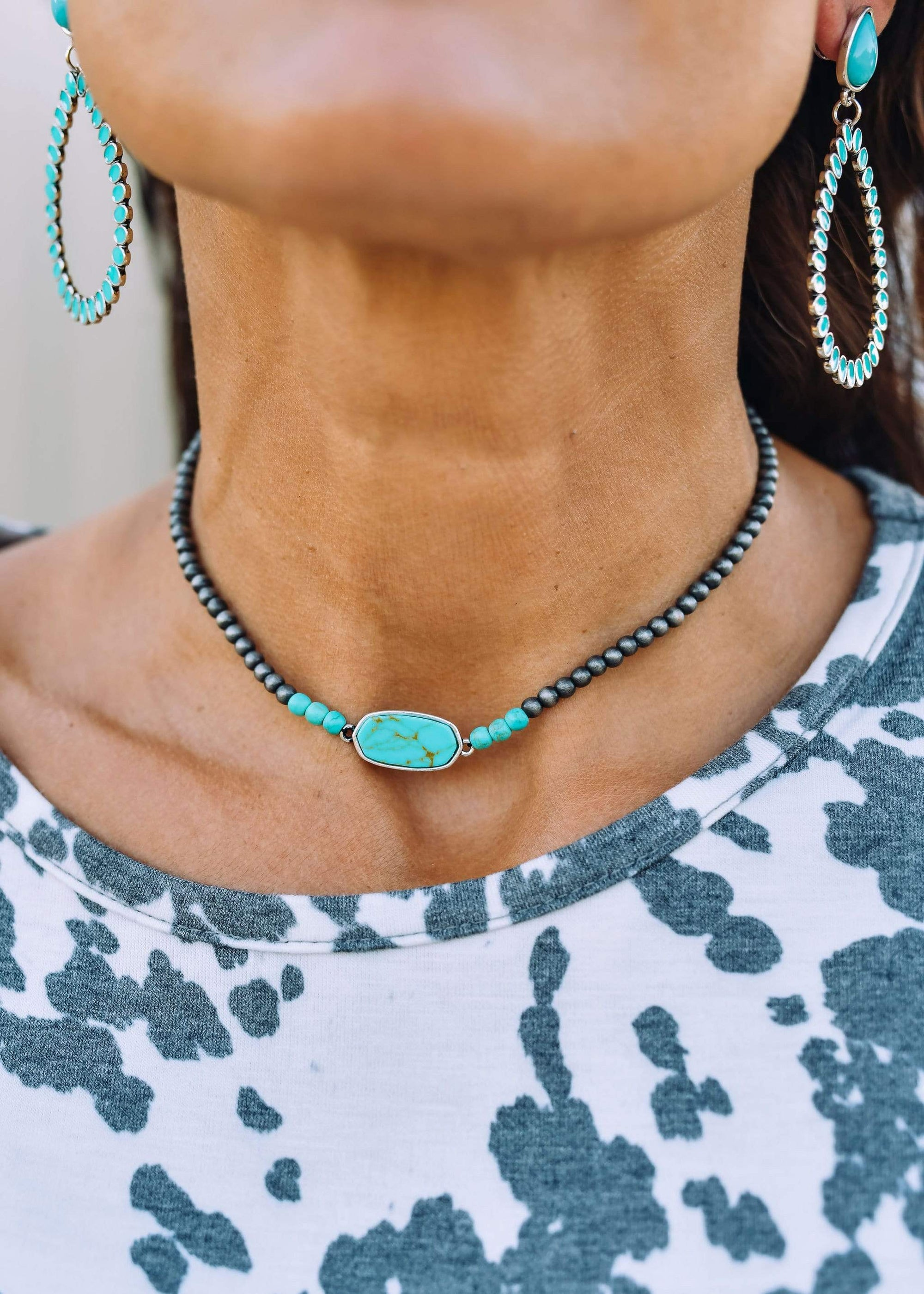 Accessorize In Style Fashion Necklaces Fashion Navajo Pearl Stone Choker - Turquoise