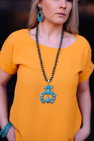 Accessorize In Style Fashion Necklaces Fashion Navajo Pearls with Turquoise Naja Pendant