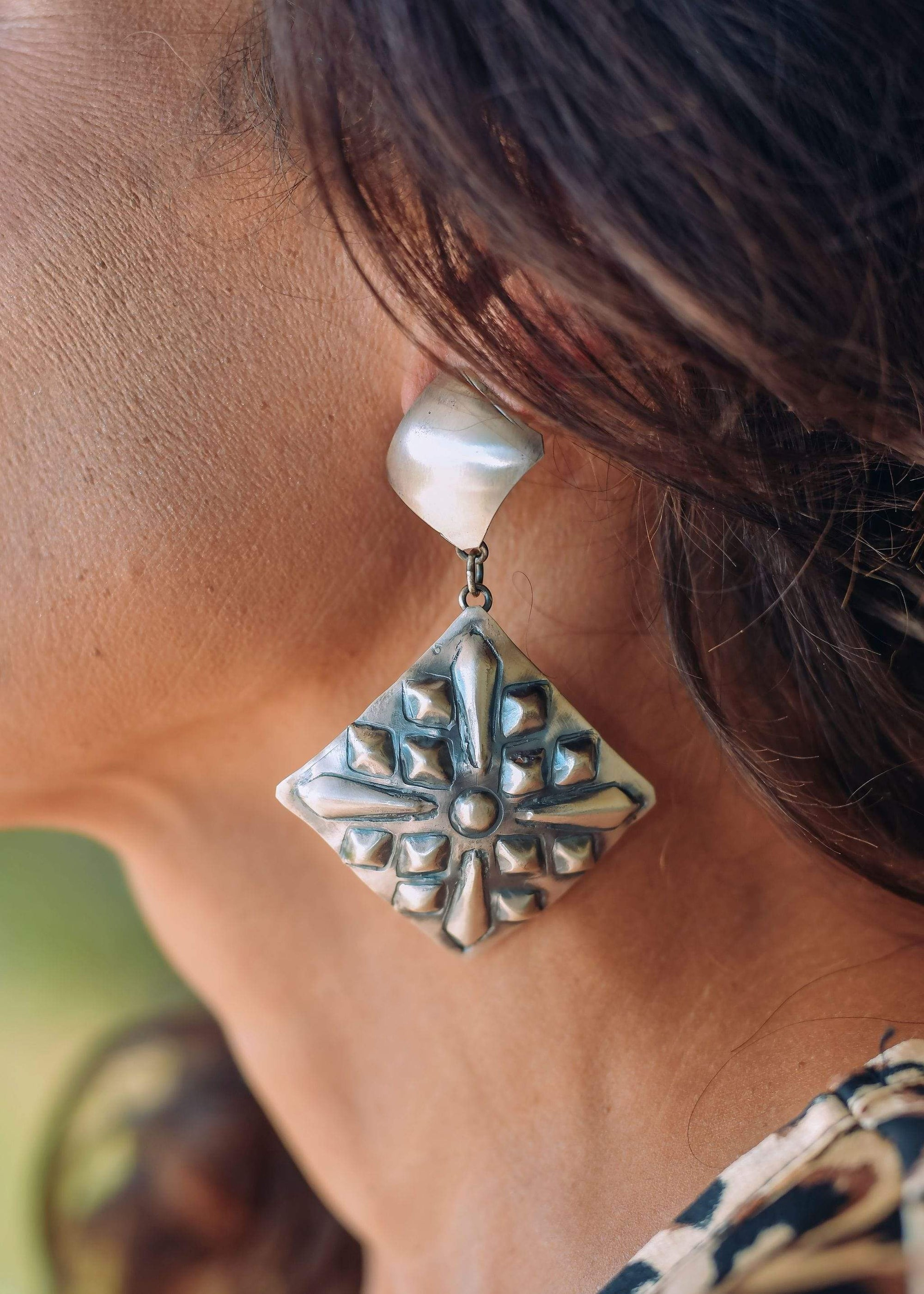 Accessorize In Style Sterling Earrings Stamped & Embossed Diamond Shaped Earrings