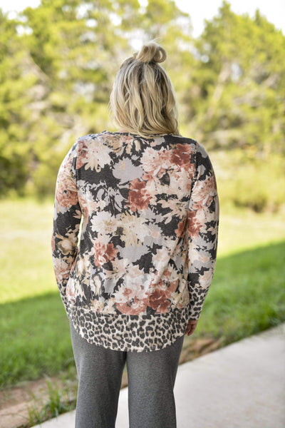 Andree by Unit Casual Filly Floral & Leopard Top