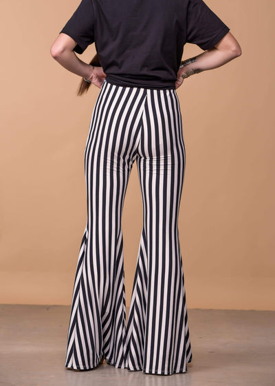 Andree by Unit Full Length Striped Flared Knit Pants - Black And White