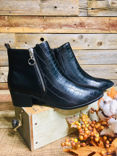 City Classified Shoes Boots 6 Black Croc Zip Ankle Boot