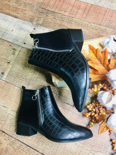City Classified Shoes Boots Black Croc Zip Ankle Boot