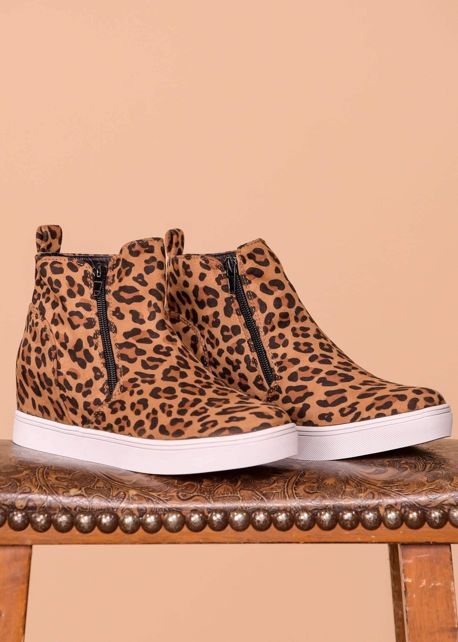 Wedge Hunt Sneaker - Leopard
