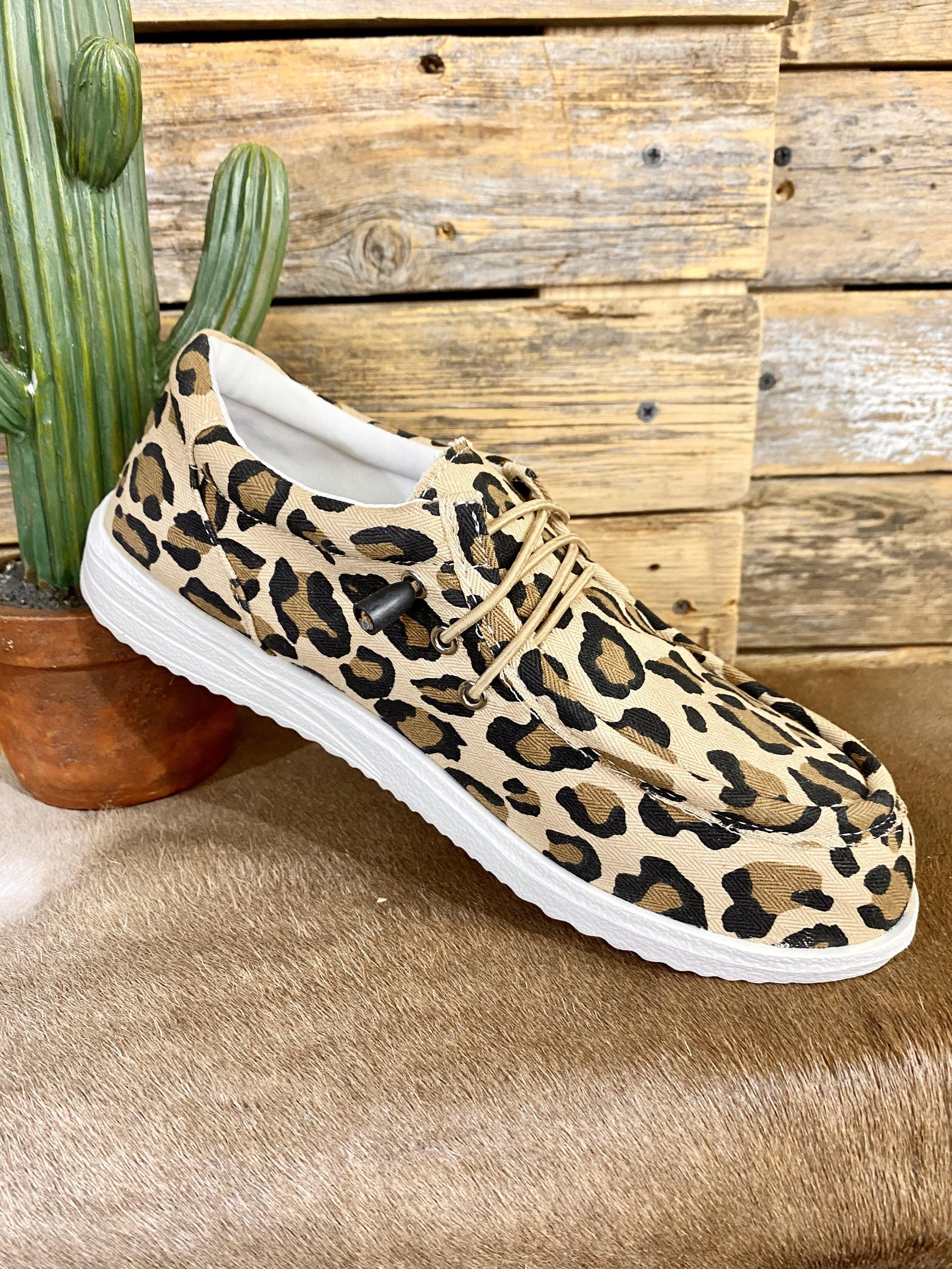 Wala Slip On Sneakers - Leopard