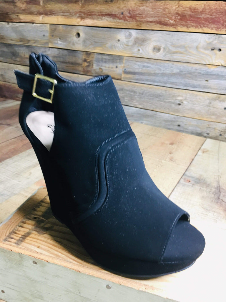 Qupid Wedges Black Nubuck Wedge