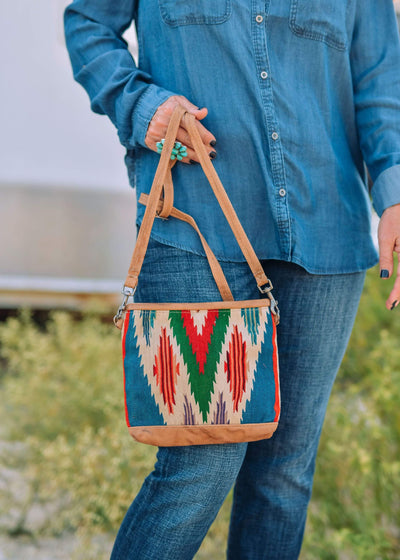 Totem Salvage Handbags Vintage Serape Crossbody Handbag - Red