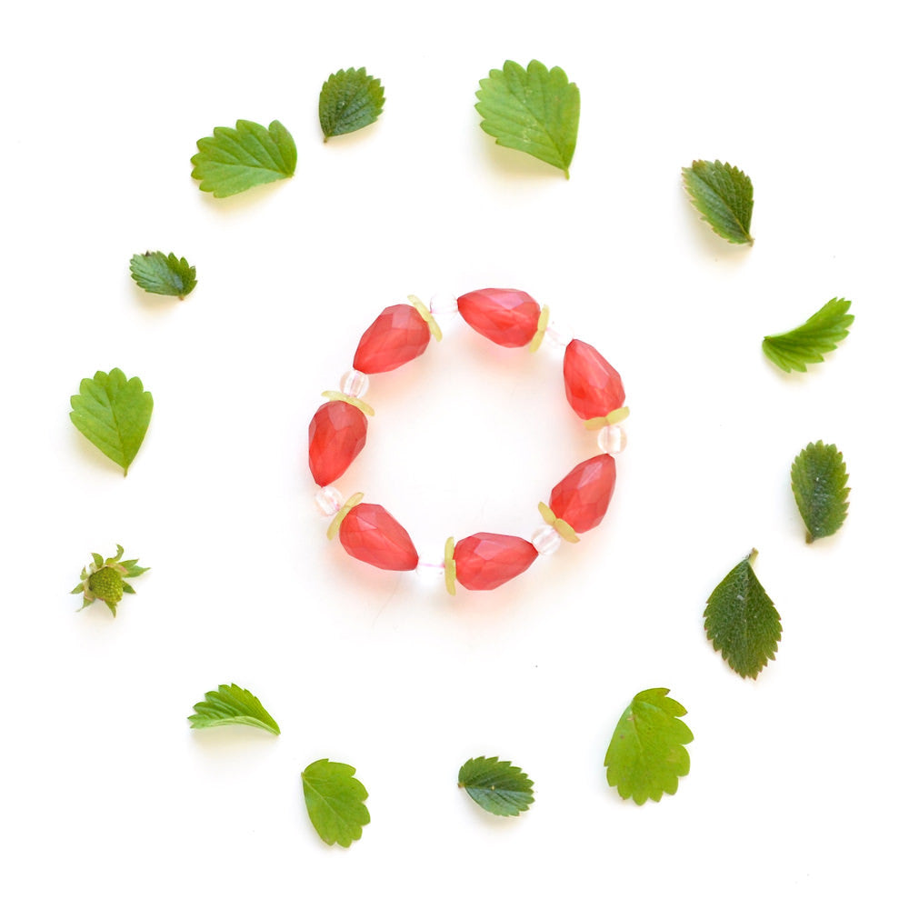 strawberry bracelet // hello shiso hair accessories for girls