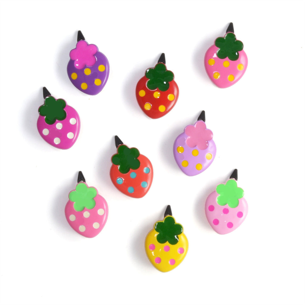 plastic strawberry hair clip // hello shiso accessories for girls