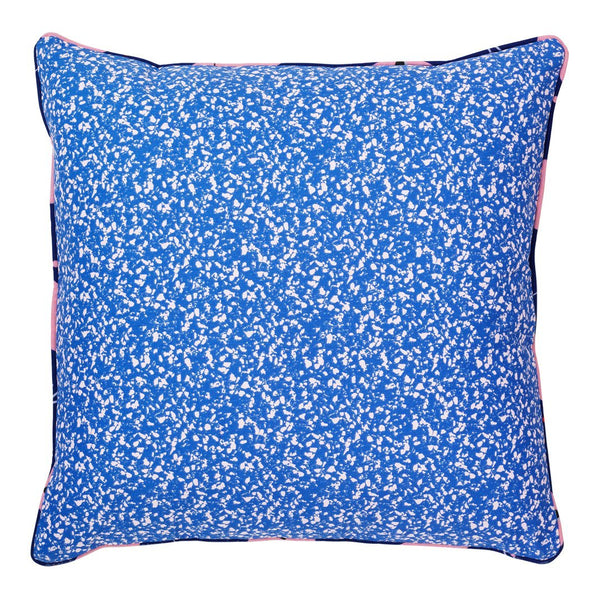 Posh Cushion – Busy Structure