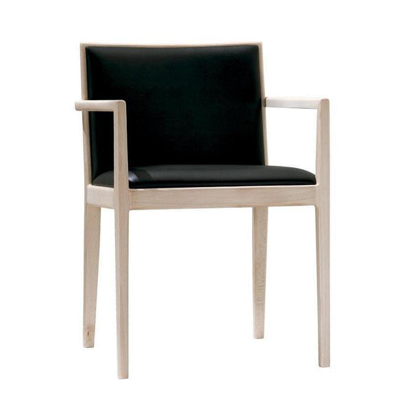 Carlotta SO0916 Armchair