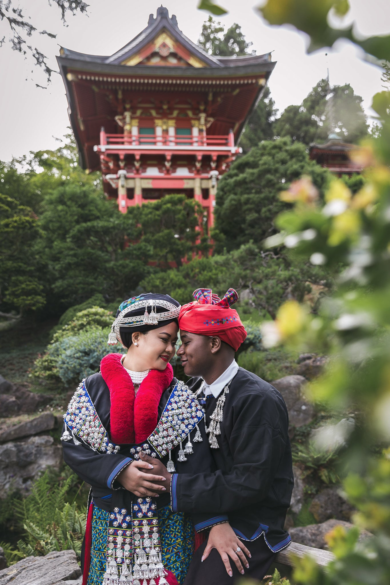 JAPANESE GARDEN SF | When Culture Blends, Wearing Their Traditional Mien Outfit