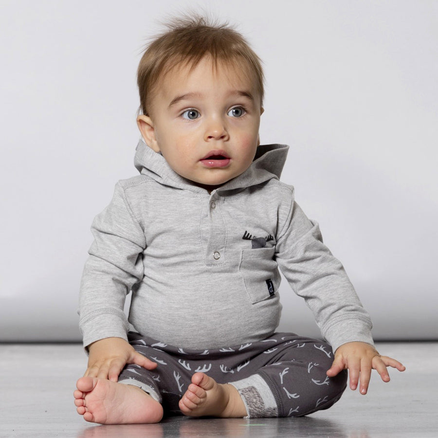 GREY HOODED L/S BODYSUIT & PRINTED DEER PANT SET