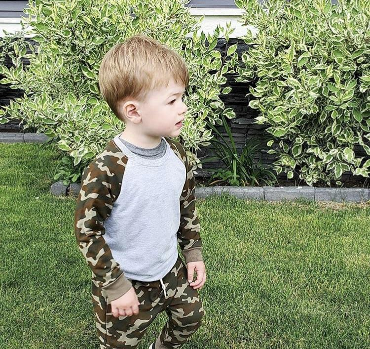 THE CAMO TERRY JOGGERS OLIVE CUFFS