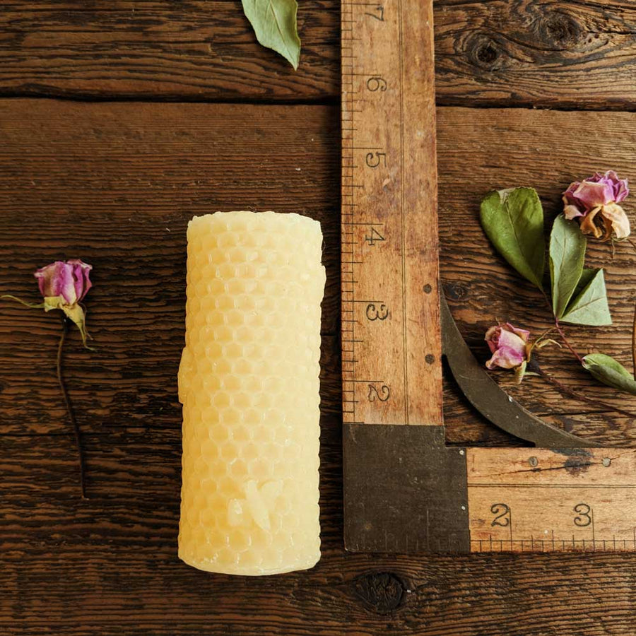 Honeycomb Small Bee Pillar - Big Moon Beeswax