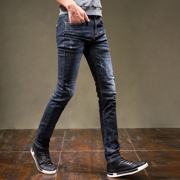 Emmett Slim Fit jeans (Non-Returnable)