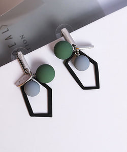 Alyssa Geometric Drop Earrings