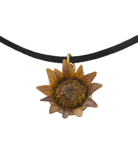 Choker necklace with Blessing Flower