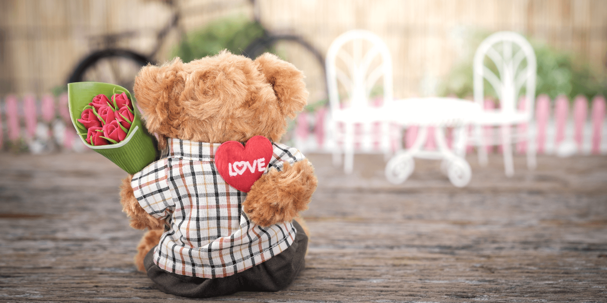 Teddy bear gift with flowers