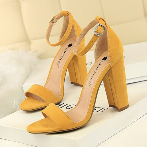 Pumps Buckle High Heels Block Plus Sizes