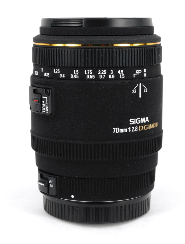 Used Sigma 70mm 1:23.8 DG Macro Lens (Canon Fit)