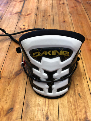 Dakine Pyro Harness Medium - Second Hand - Poole Harbour Watersports