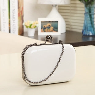 pu Smooth whiteVintage Skull purse Black Knuckle Ring Handbag Women Skull Clutch Evening Bag With shoulder Chain bolsas femininas