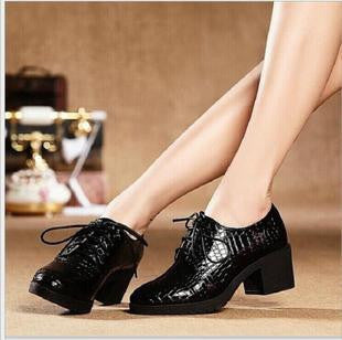 426f4571c3290 Fashion Patent Leather High Heels Oxford Shoes For Women Genuine Leather  Thick Heel Women Pumps Woman
