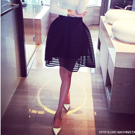 Black / Lsummer autumn new style sexy fashion skirt womens striped hollow-out fluffy skirt swing skirt ladies Black/White Ball Gown