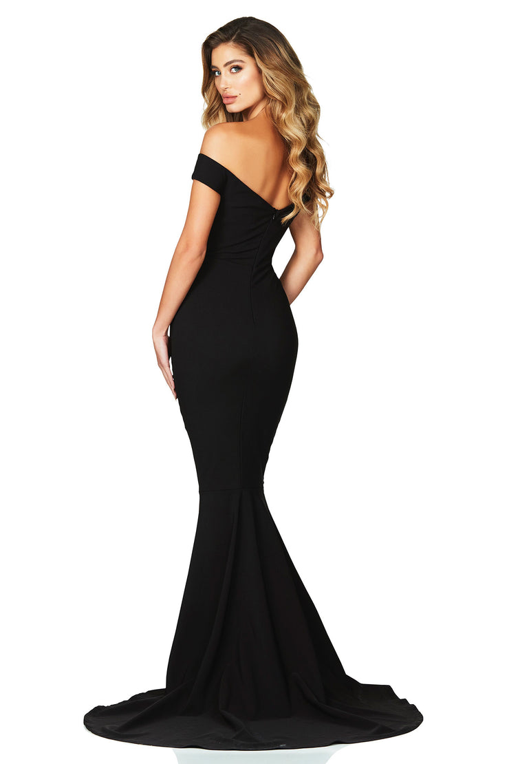 Nookie Allure Gown - Black - SHOPJAUS - JAUS