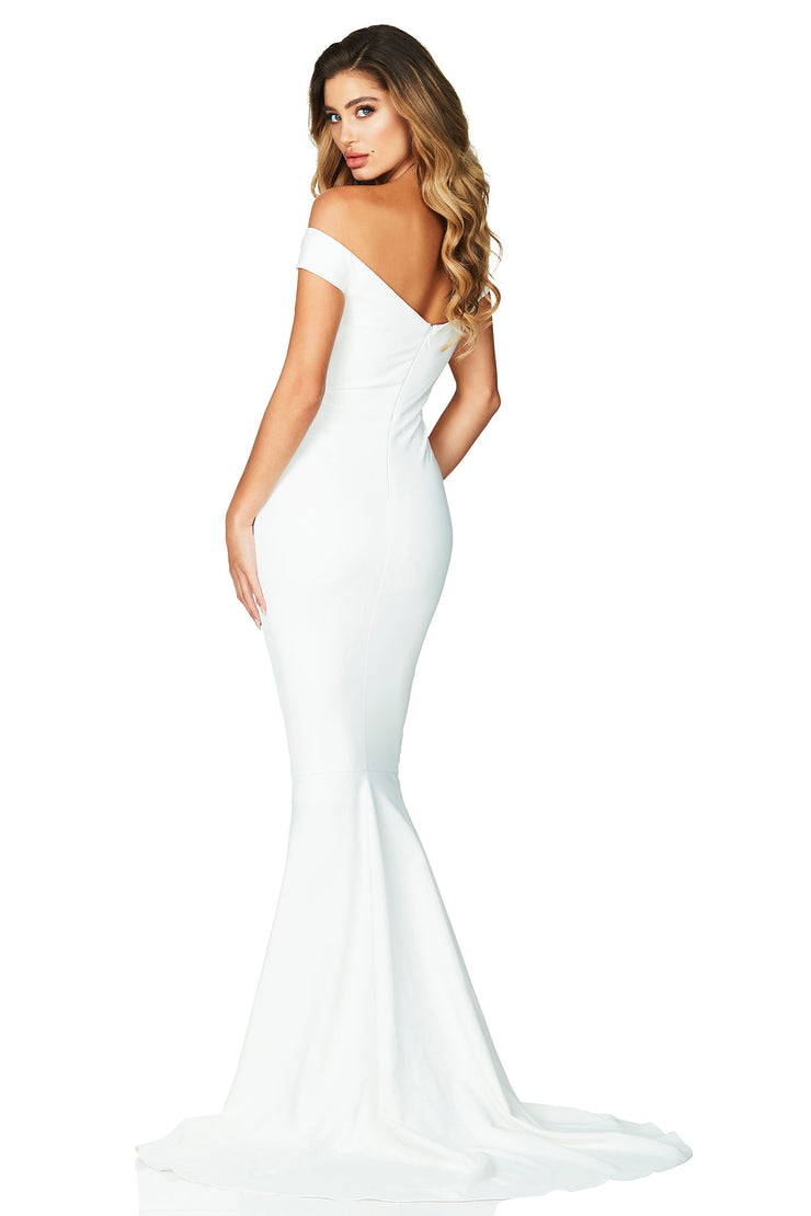 Nookie Allure Gown - Ivory - SHOPJAUS - JAUS