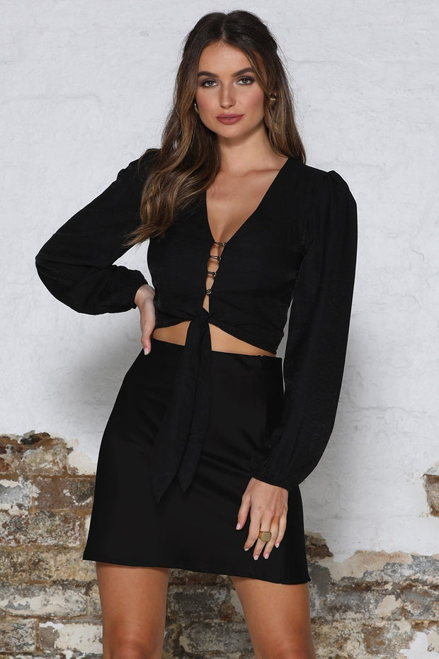 Karlie Top - Black - SHOPJAUS - JAUS