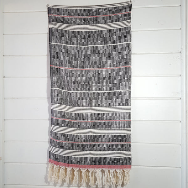 Basic Diamond Turkish Towel in Black with Red