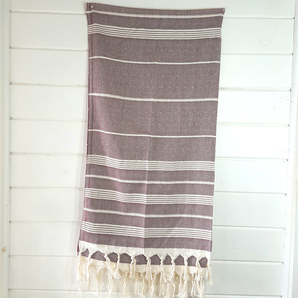 Basic Diamond Turkish Towel in Beige with Burgundy