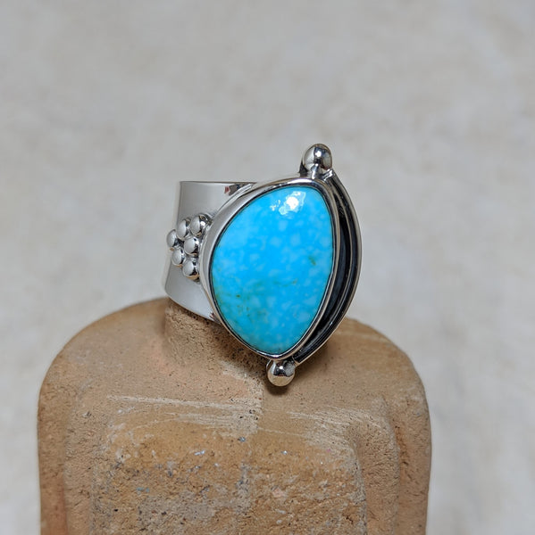 granulation ring in turquoise front view