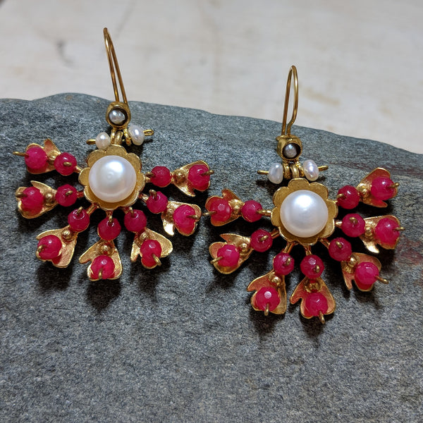 Explosion Earrings in Pink