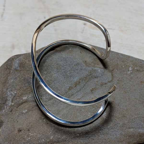 side view of silver riley cuff